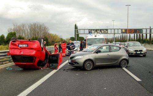 Gutachten bei Auto Unfall