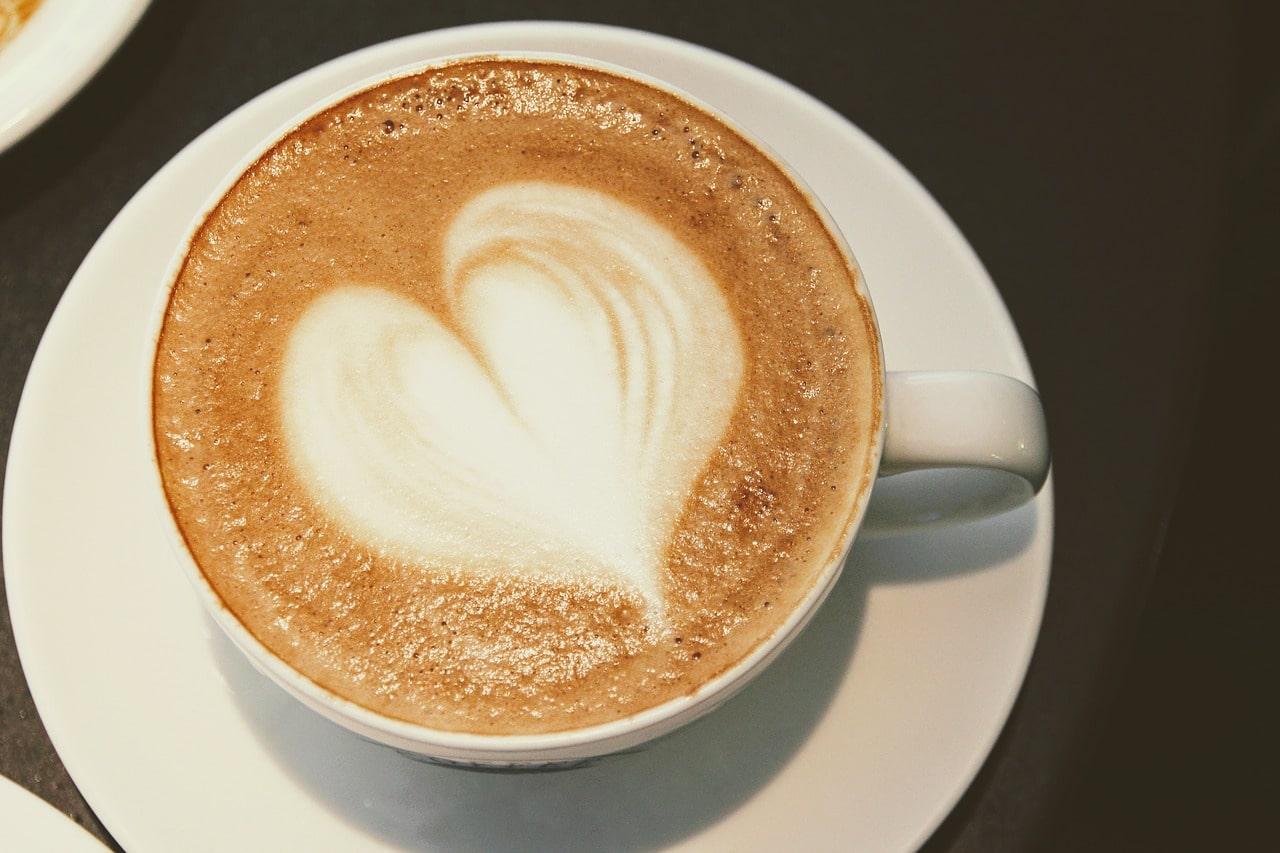 Unterschiedliche Arten von Kaffeemaschinen: Das gibt es zu wissen