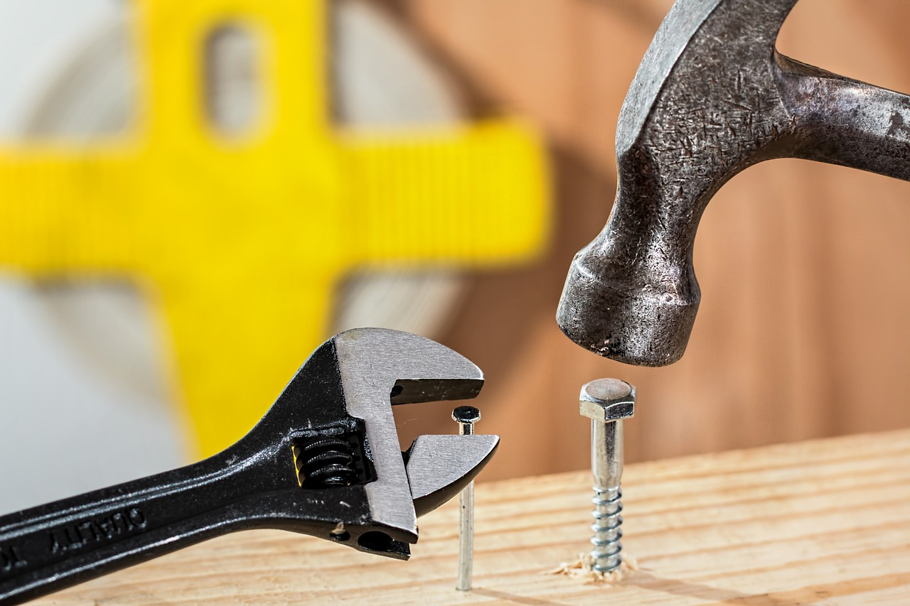Unvorhergesehene Kosten beim Hausbau mit Eigenleistung berücksichtigen