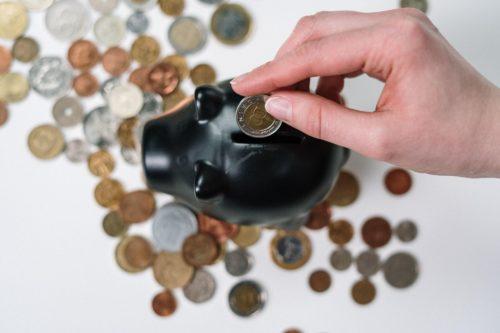 geld-sparen-im-urlaub