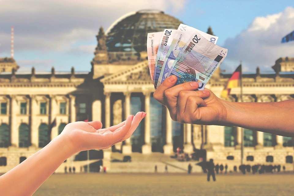 Ein Leben ohne Bargeld? Wir beleuchten die Vorteile und natürlich auch die Nachteile