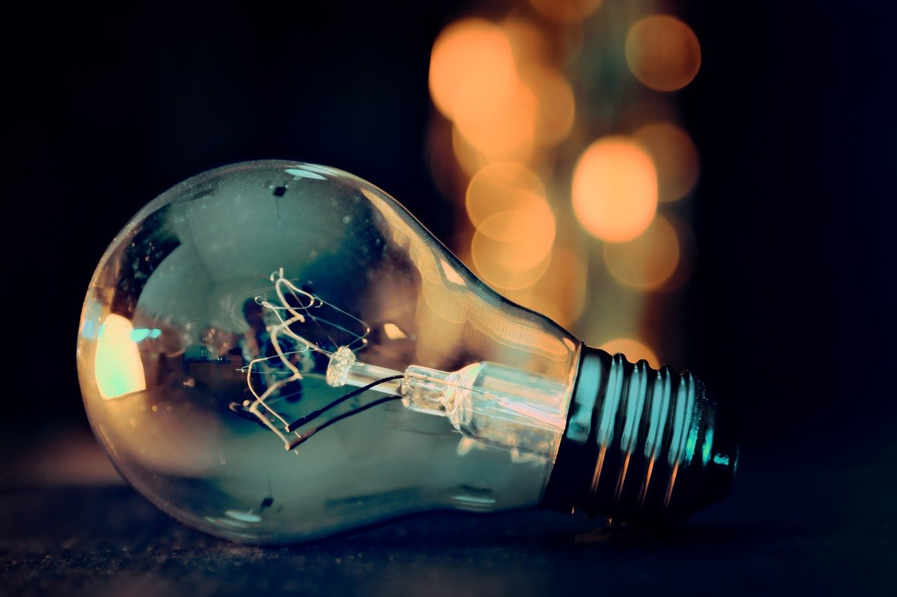Stromanbieter wechseln, aber richtig: So sparen Sie mehrere Hundert Euro pro Jahr
