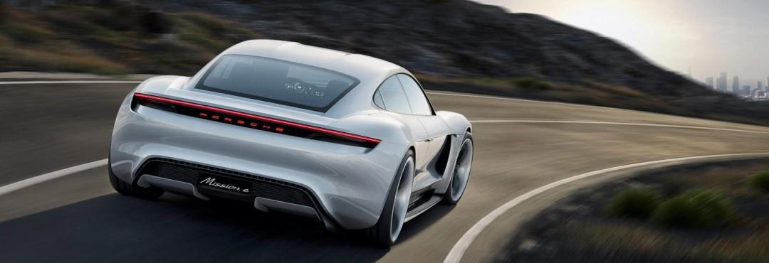 """Zum Artikel über den neuen Elektroflitzer """"Porsche Mission E"""" / Taycan"""