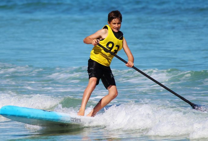 stand up paddling   e