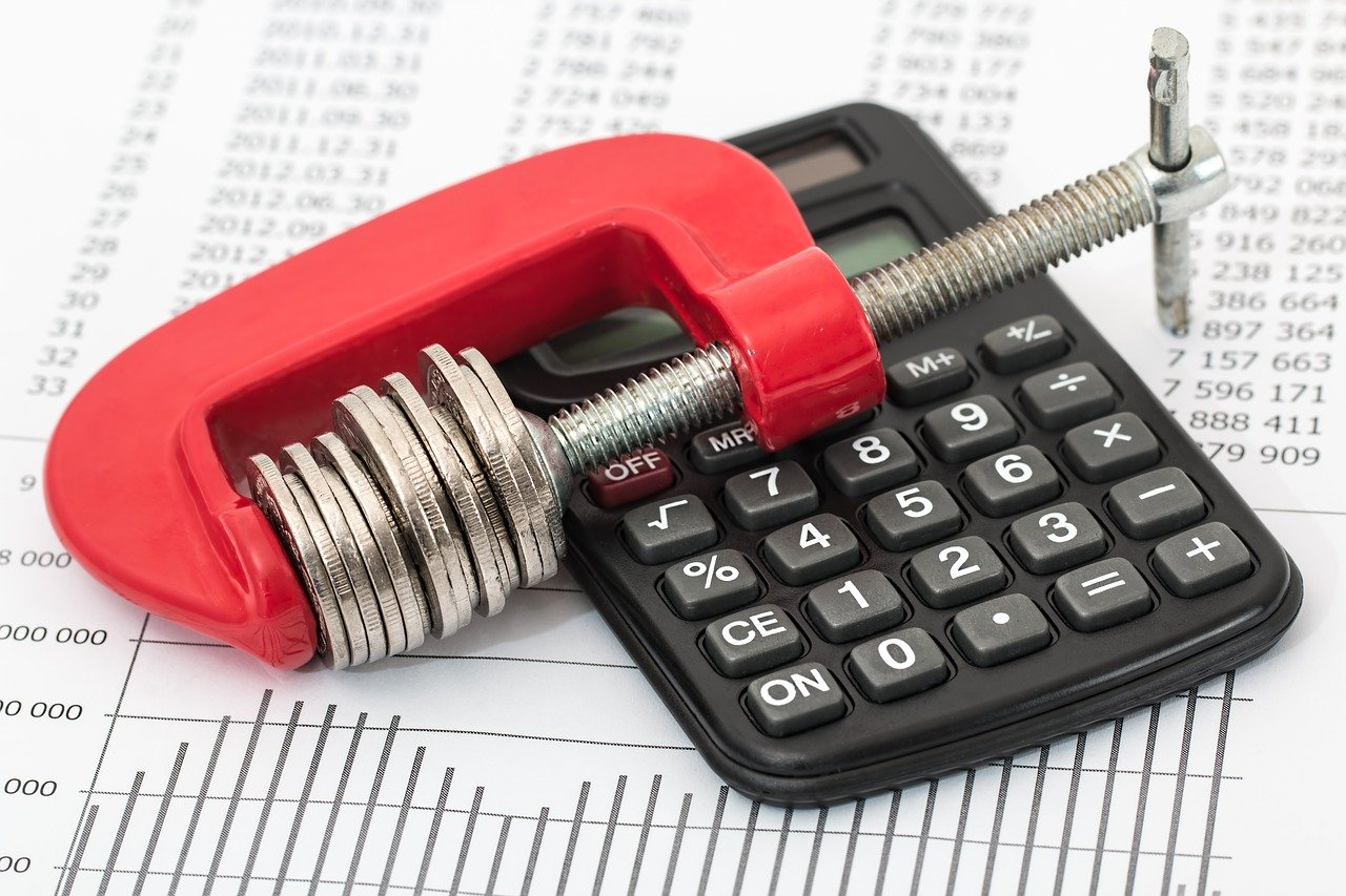 Clevere Umschuldung: In 3 Schritten schnell und einfach Geld sparen